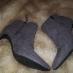 Sam & Libby Shoes - SAM AND LIBBY NWOT FLASH SALE  FIRM!!!!!
